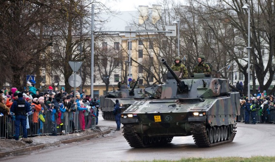 Estonia military near Russian border