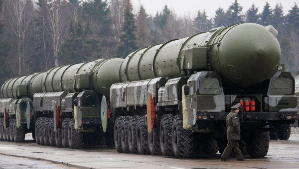 Topol-M-ICBM-missile-Russia